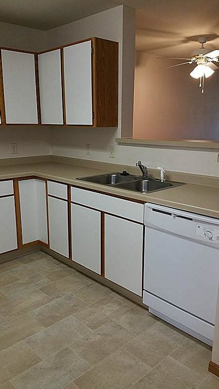 wallace st combined locks wi apartment finder