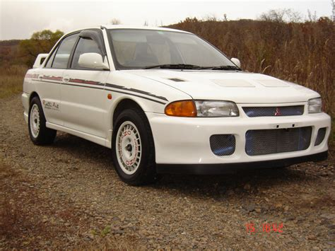 mitsubishi evolution i 1992 pictures - Auto-Database.com