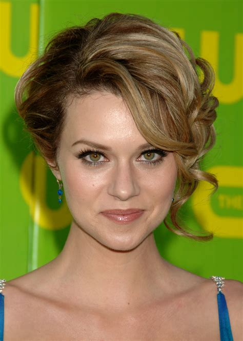 hilarie burton wallpapers high quality