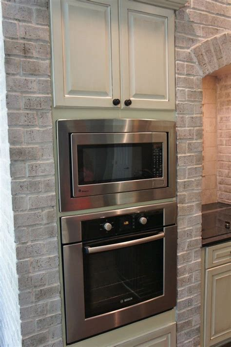 Brick Kitchen Cupboards by Painting Kitchen Cabinets And Brick Lighten Up A Kitchen