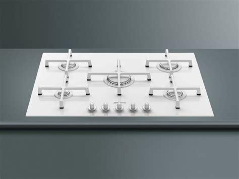 piano cottura in vetro piano cottura bianco componenti cucina scegliere un
