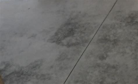 cuisine grise plan de travail bois poser un plancher neuf au sous sol rénovation écohabitation