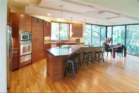 oversized kitchen island 40 kitchens with large or floor to ceiling windows 1344