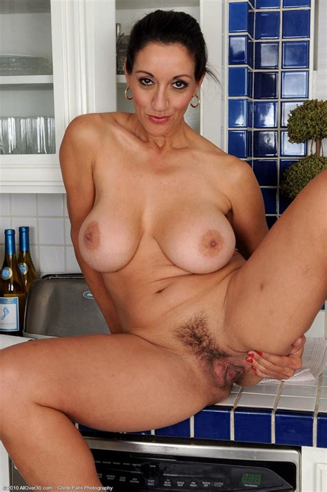 Hot Cougar Persia Monir In The Kitchen Free Cougar Sex