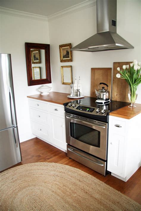 country farmhouse kitchen in the fields the kitchen 2708