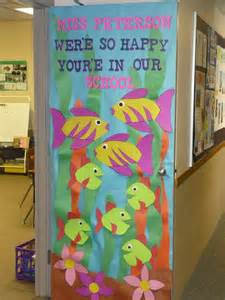 the gallery for gt classroom door decorating contest ideas