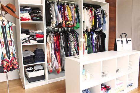 create   walk  wardrobe scenesg