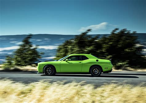 2018 Dodge Challenger Srt Hellcat Side Photo Size 2048