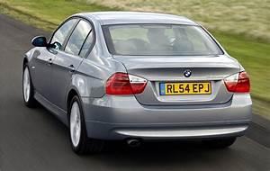 Bmw Serie 3 2011 : bmw 3 series saloon 2005 2011 driving performance parkers ~ Gottalentnigeria.com Avis de Voitures