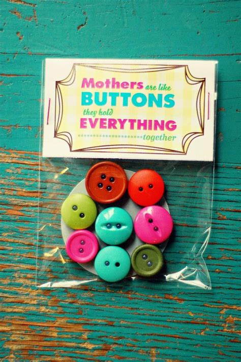 button magnets   cute simple idea   mother