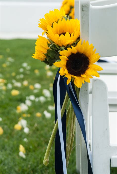 The ceremony, sunflowers by Sayles Livingston Design ...
