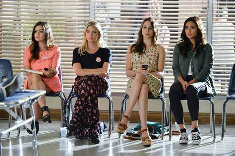 'Pretty Little Liars' Season 5 Finale Spoilers: Mona is ...