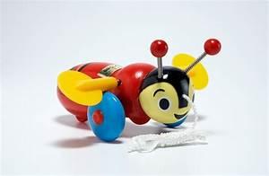 Buzzy Bee - The Garden Party