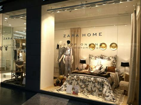 Zara Home Retail Zara Home Zara Home Window Fall Winter14 Badding Display In