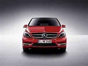 Mercedes Benz Classe B Inspiration : mercedes benz b 180 cdi blueefficiency sports tourer automatic 3 photos and 52 specs ~ Gottalentnigeria.com Avis de Voitures