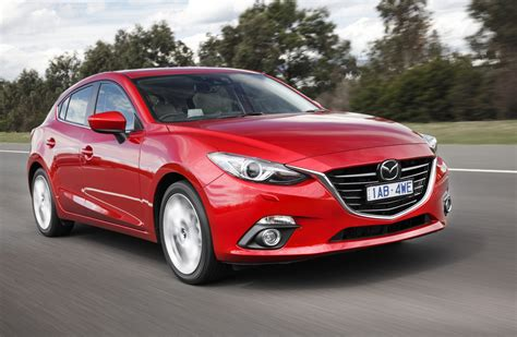 news  breathtaking bloody red  mazda  review