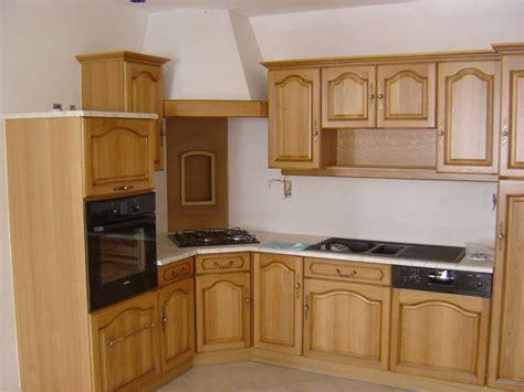 modele de table de cuisine en bois cuisine en bois massif moderne le bois chez vous
