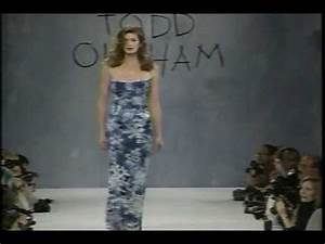 Cindy Crawford on the Catwalk - YouTube