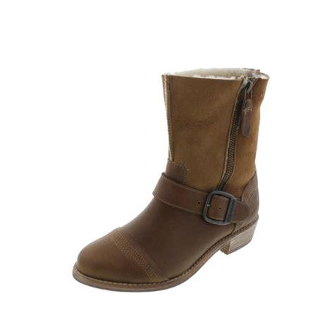 leather motorcycle shoes koolaburra 5563 womens duarte leather suede buckle