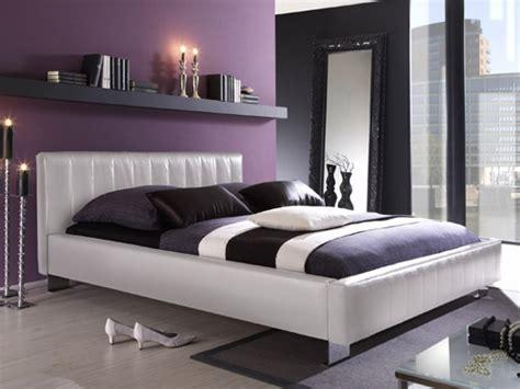 chambre mauve et blanc deco chambre gris blanc mauve
