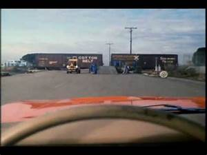 The Dukes of Hazzard: General Lee train jump from Season 5 ...