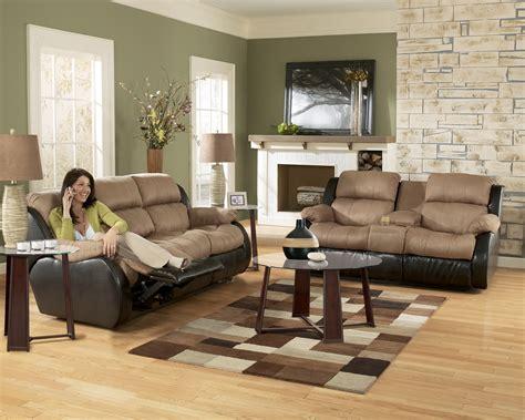 ashley furniture presley  cocoa living room set