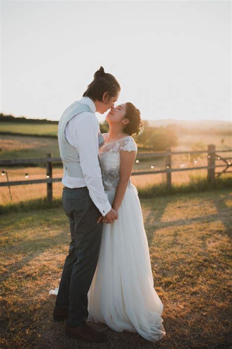 SNEAK PEEK: Outdoor wedding at Axnoller in Dorset (With