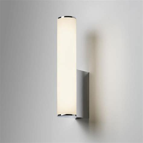 considerations while purchasing bathroom led wall lights