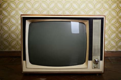 tv set to surpass computers as the top