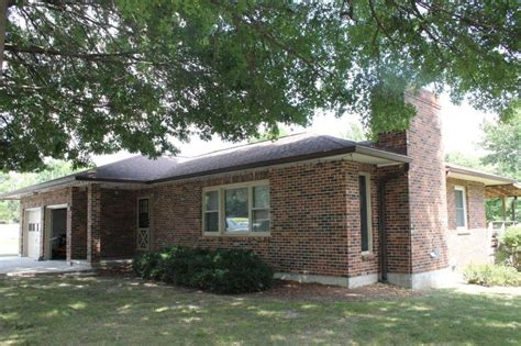 On this page, companies from the city of walnut grove and the business category are listed. 101 Barnes St., Pilot Grove, MO 65276 $139,900.00 SOLD 2016.. - Quinlan Agency