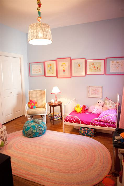 eclectic hot pink  blue toddler girls room project