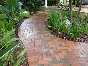 Brick Walkway Traditional Landscape Tampa By