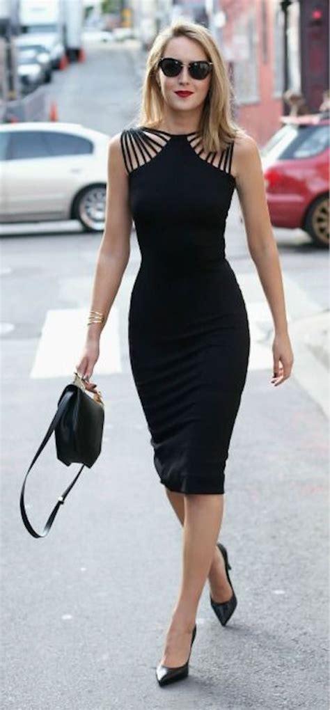 El vestido negro corto no debe faltar en tu armario; 30 modelos - Mujer Chic