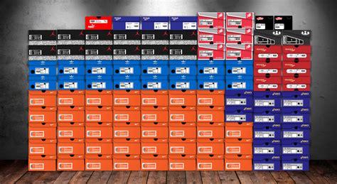 brands  sneakerheads love  infographic