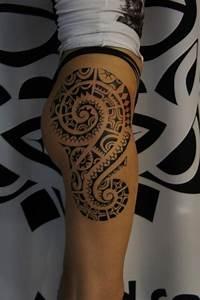 Tribal Tattoo Frau : 90 tribal tattoo designs f r m nner und frauen ~ Frokenaadalensverden.com Haus und Dekorationen