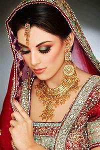 green & red | Bridal Makeup! | Pinterest