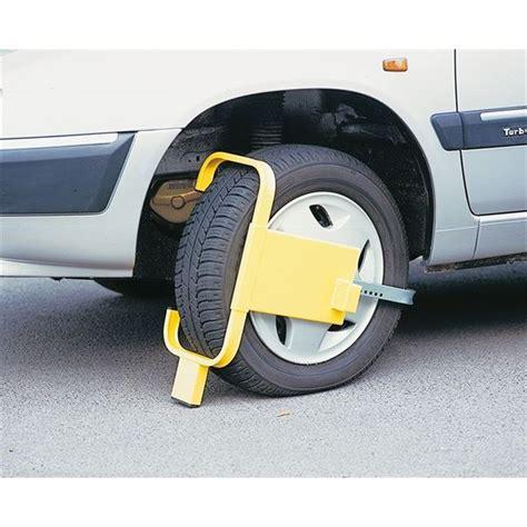 antivol bloque roue mottez pour véhicule de tourisme et