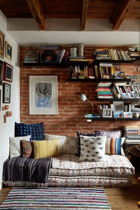 Cozy Up in these 14 Comfy Reading Nooks - The Cottage Market