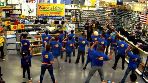bureau vallee pamiers flashmob bureau vallée st ker musik