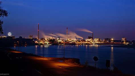 Aus der region chempark gehen impulse in forschung, entwicklung und verschiedene wirtschaftsbranchen aus. CHEMPARK Krefeld-Uerdingen Foto & Bild   deutschland ...