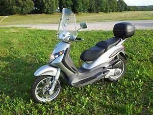 125 Roller Piaggio : piaggio beverly 125 roller silber sehr bestes angebot ~ Jslefanu.com Haus und Dekorationen