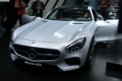 2014 Paris Motor Show Mercedesbenz Gt Amg Is One Of The