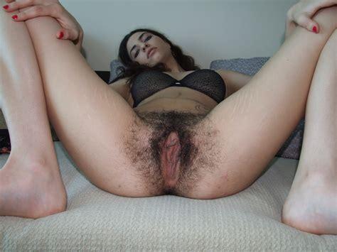 extremely hairy vagina