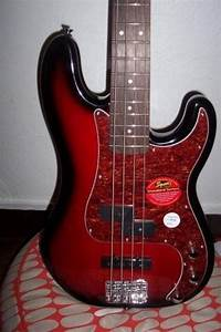 Squier Standard P Bass Special Image   14393