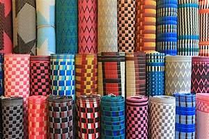 tapis africain plastique tresse madame ki With tapis en plastique pour salon