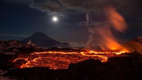 Hot Lava Of Volcano Wallpaper Hd 3840x2160