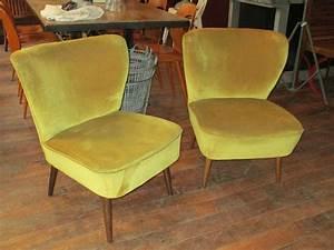 Fauteuil En Velours : fauteuils cocktail en velours archives boutique broc martel ~ Dode.kayakingforconservation.com Idées de Décoration