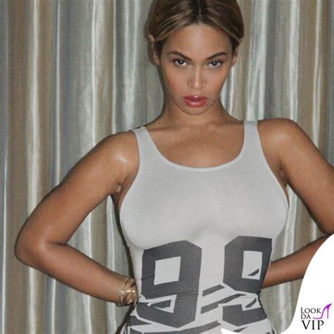 Beyonce Sedere Beyonc 233 99 Problemi Tranne Uno Il Sedere Look Da Vip