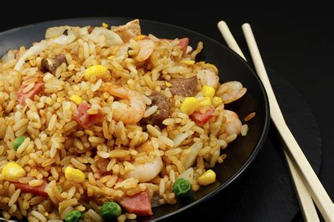 The result is fluffy and flavorful rice that's easy to prepare. How to Make Delicious Japanese Fried Rice | eHow