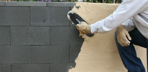 build  concrete block wall  easy   quikrete